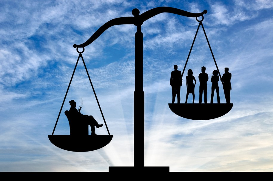 Open thread for night owls: Federal study shows economic inequality is literally killing us