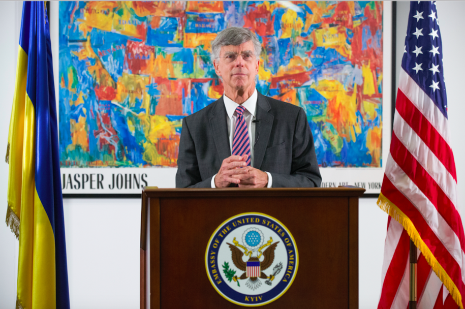 25.06.2019 Charge d'affaires at the U.S. Embassy in Ukraine William Taylor speaks to the media during the briefing, in Kiev, Ukraine.