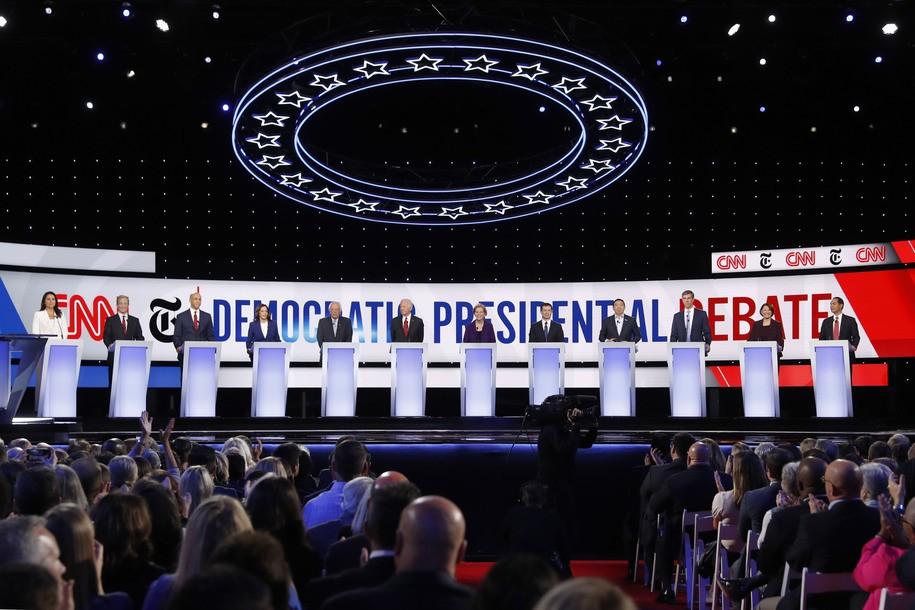 Who won tonight's Democratic presidential debate?