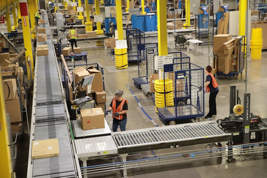 Amazon worker complaining of chest pains was sent back to work, died on the floor a week later