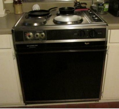 Saturday Morning Home Repair: Replacing a kitchen stove. Part II