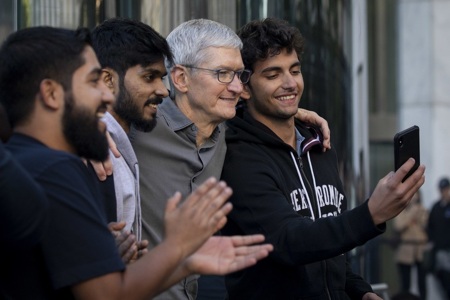Apple CEO Tim Cook says he's ready to 'fight until my toes point up' to protect DACA