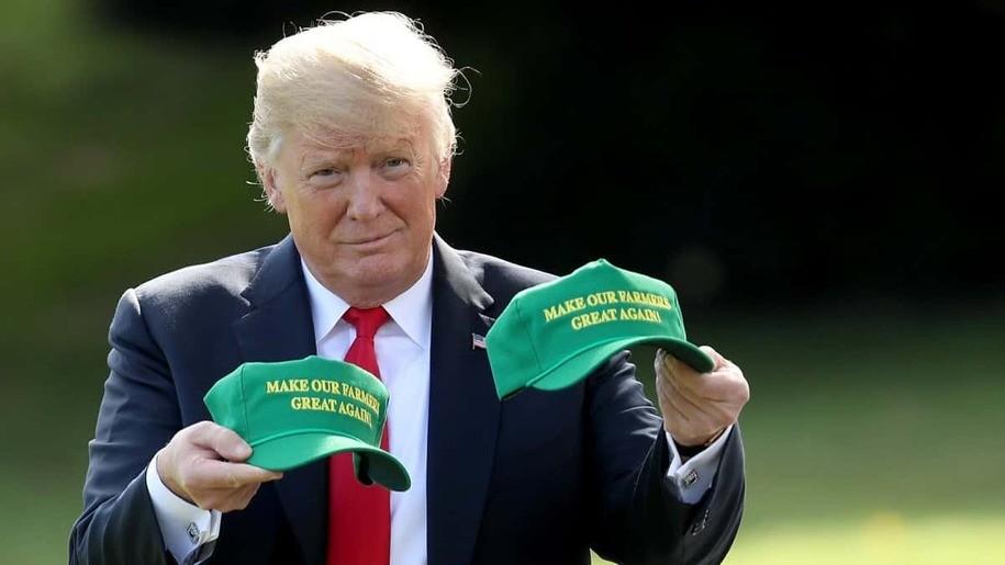 Farmer_Trump_gettyimages-1025365190.jpg?1590627472