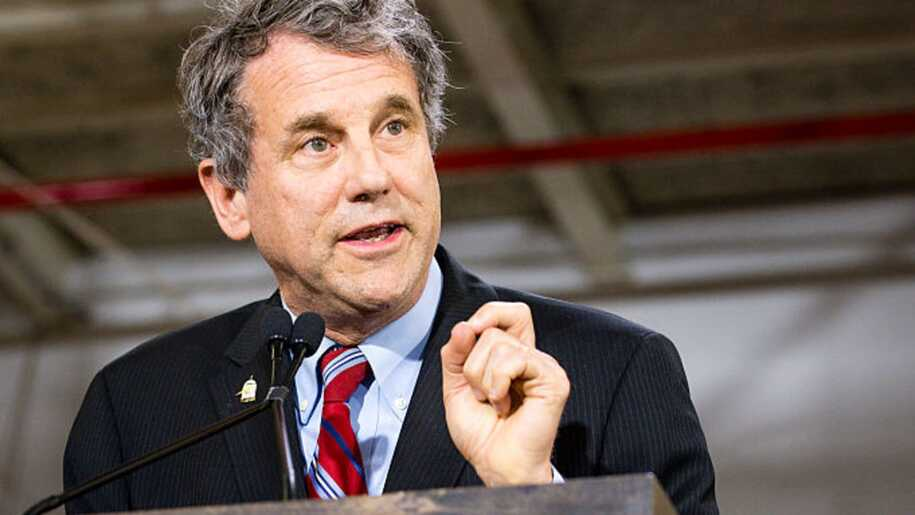 OH-01, 03, 09, 10, 11, 13 & 14: Sen. Sherrod Brown (D) Helps Flip Ohio From Red To Blue