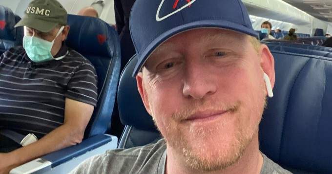 Delta has banned the Navy SEAL who killed Osama Bin Laden for refusing to wear a mask