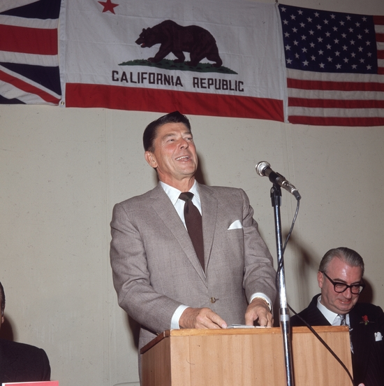 November 1969:  American actor, Republican Governor of California and future President of the United States of America, Ronald Reagan, speaking at a lunch in London.  (Photo by Mike Lawn/Fox Photos/Getty Images)