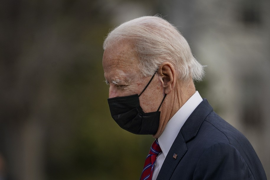 Under Biden, early polling shows Americans' confidence in U.S. pandemic response is increasing
